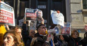 Flash mob degli Animalisti Italiani contro le pellicce