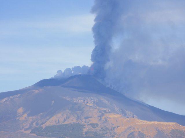 L'attività esplosiva dell'Etna